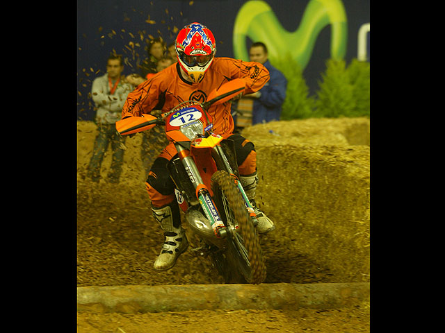 David Knight gana el Enduro Indoor de Barcelona