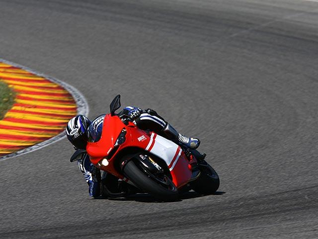 Imagen de Galeria de Ducati Desmosedici RR, ¡vendida!