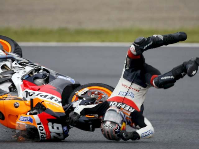 Caídas en MotoGP: al filo de lo imposible