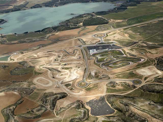 Imagen de Galeria de Desarrolla tu moto de carreras en la Ciudad del Motor de Aragón