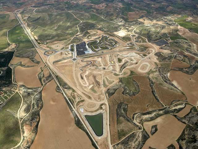 Desarrolla tu moto de carreras en la Ciudad del Motor de Aragón