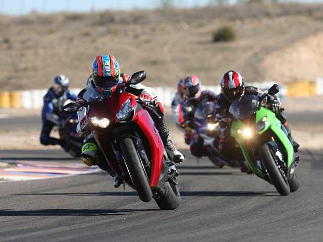 Comparativa Superbikes en Motociclismo