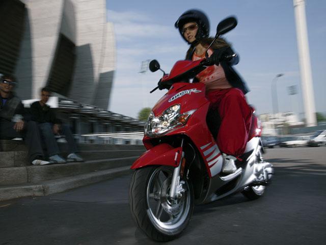Las ventas de motos y ciclomotores descendieron en diciembre