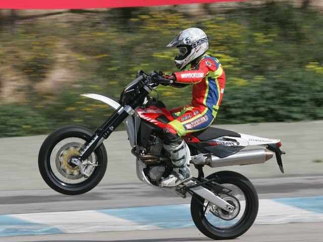 Gama Husqvarna Supermotard 2008