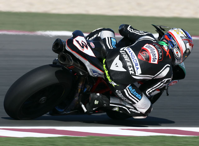 La mejor carrera de la historia. Fonsi (Suzuki) primero y Xaus (Ducati) segundo
