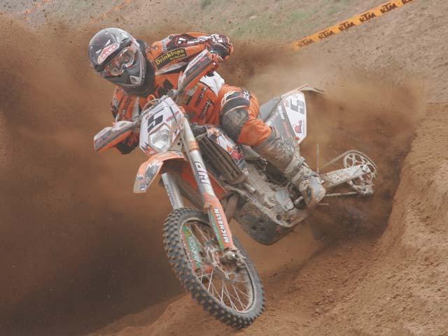 Iván Cervantes (KTM) se lleva la primera del Nacional de Enduro