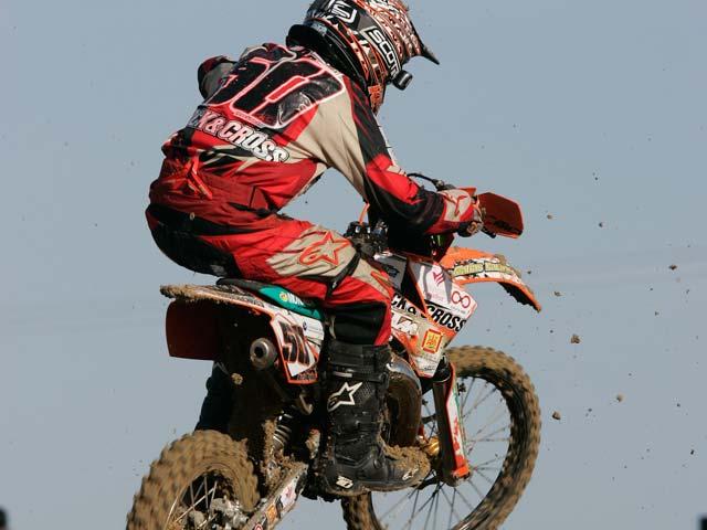 José Butrón (Yamaha) se hace con la primera victoria de Motocross MX2