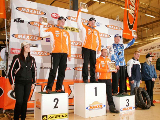 Mika Ahola (Honda) e Iván Cervantes (KTM)