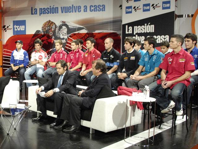 """Imagen de Galeria de """"A la afición española"""" antes del Gran Premio de Jerez"""