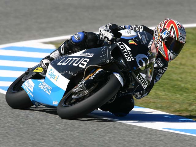 Imagen de Galeria de Alvaro Bautista (Aprilia), pole por delante de Mika Kallio (KTM)