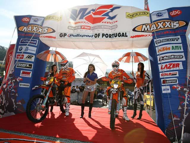 Iván Cervantes (KTM) despierta y gana en Enduro 1