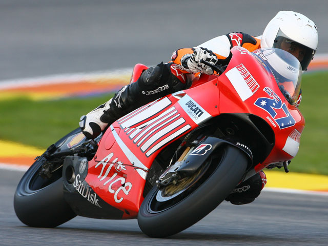 Schumacher vuelve a rodar con Ducati