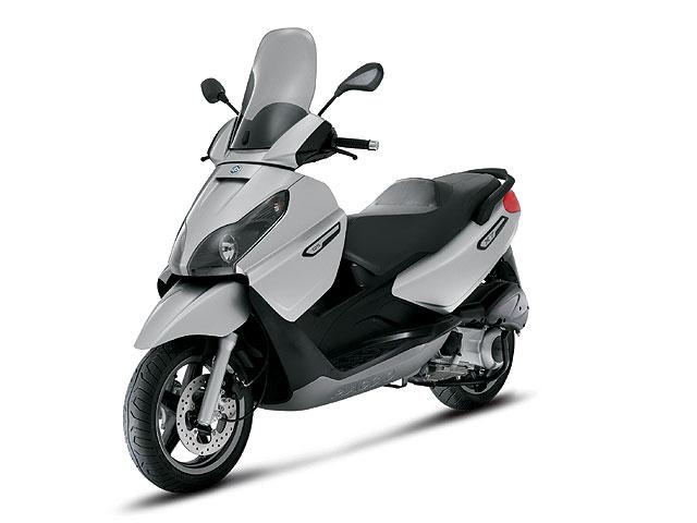Promoción Piaggio X7