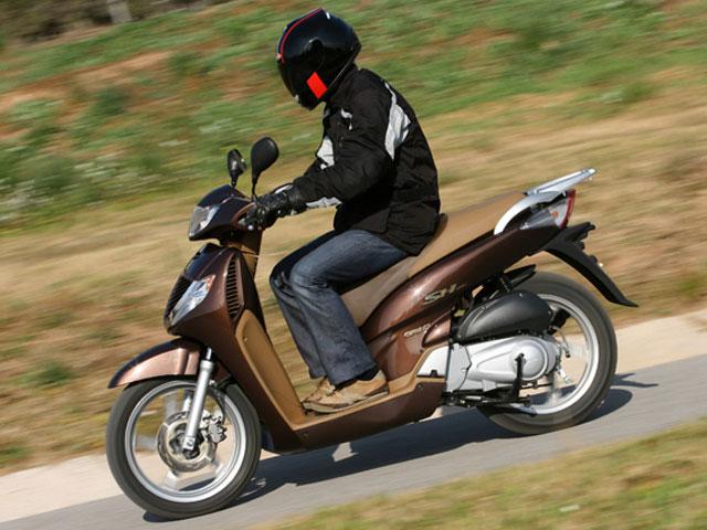 Vota al mejor scooter 125 y gana un Honda Scoopy