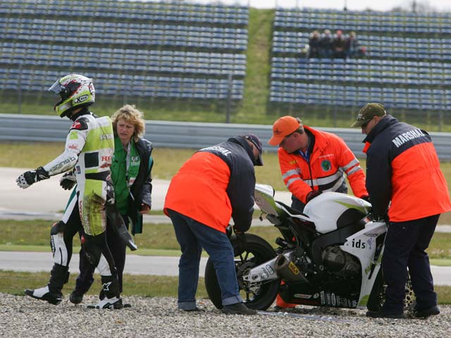 Fonsi Nieto (Suzuki), quinto en los primeros cronos de Superbike en Assen