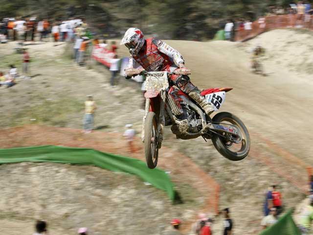 Podio de Lozano (KTM) en MX3