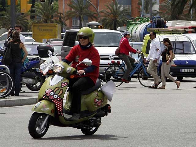 Imagen de Galeria de Kukuxumusu llega a los scooter de Cooltra