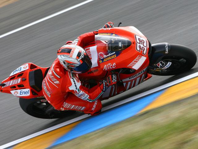 Rossi (Yamaha), más rápido que en el GP de Francia