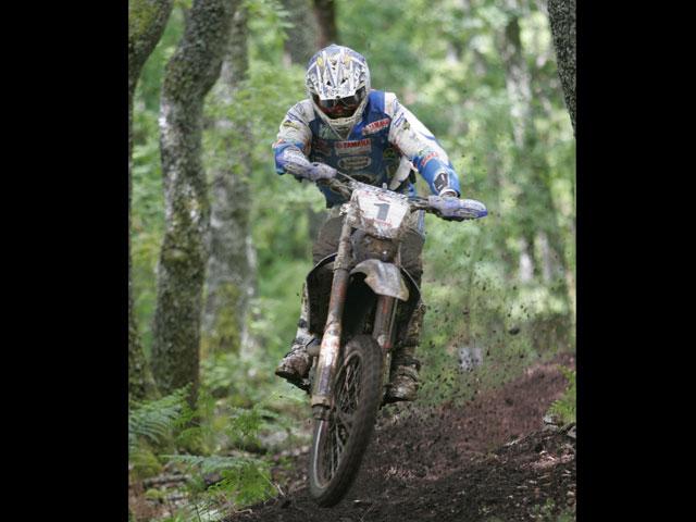 Cervantes (KTM) gana la partida a Guerrero (Yamaha)