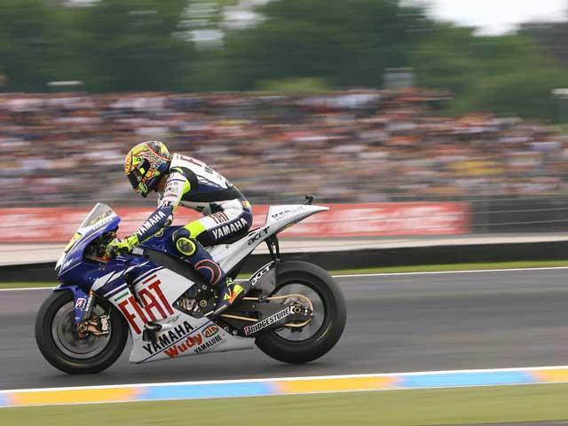 Rossi (Yamaha), a por todas en Mugello