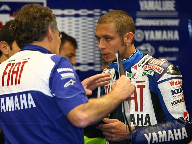 """Vermeulen (Suzuki): """"Ha sido arriesgado, había mucha agua en pista"""""""