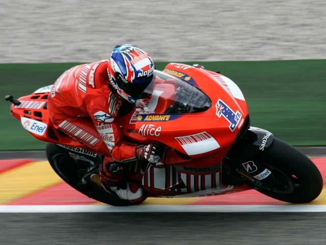 Valentino Rossi y Yamaha, contundente victoria en MotoGP. Pedrosa, tercero