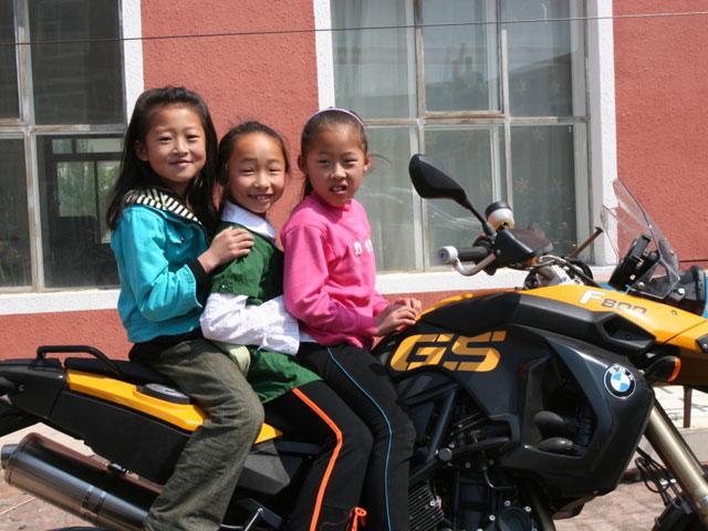 Viaje en moto por China con Gustavo Cuervo