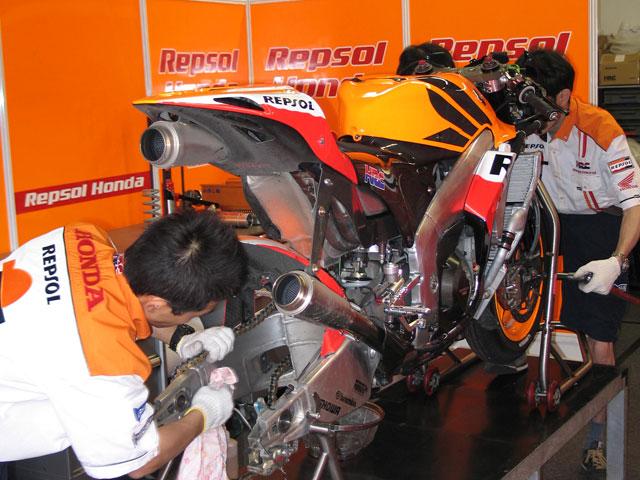Honda RC212V con válvulas neumáticas, ¡Por fin!