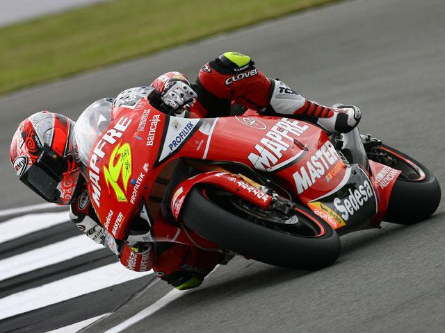 Terol (Aprilia), Stoner (Ducati) y Bautista (Aprilia) marcan el ritmo
