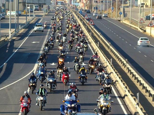 Una más de Pere Navarro y la DGT contra las motos