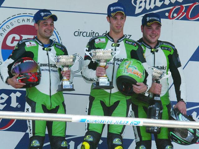 Primera victoria de Oliver en la Kawasaki Ninja Cup