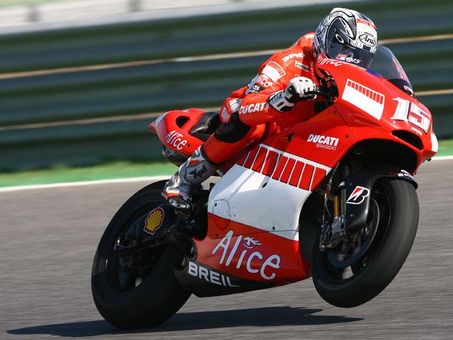 Imagen de Galeria de Gibernau finaliza los test con la Ducati GP9 en Mugello