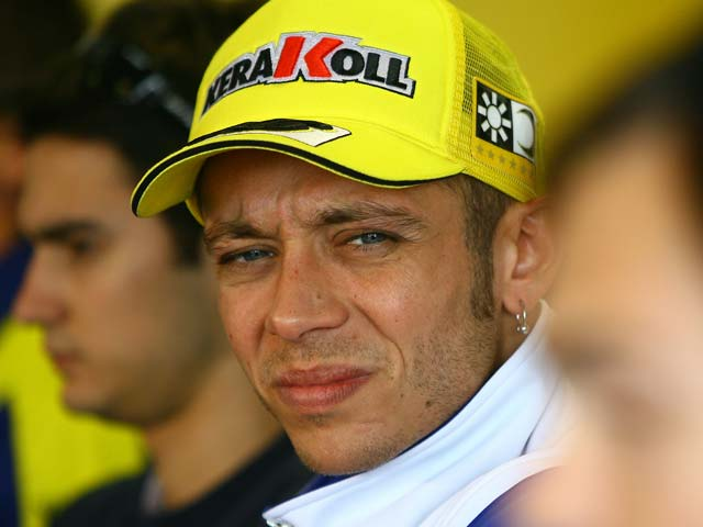 Stoner y Ducati vuelve a imponerse. Pedrosa, sexto