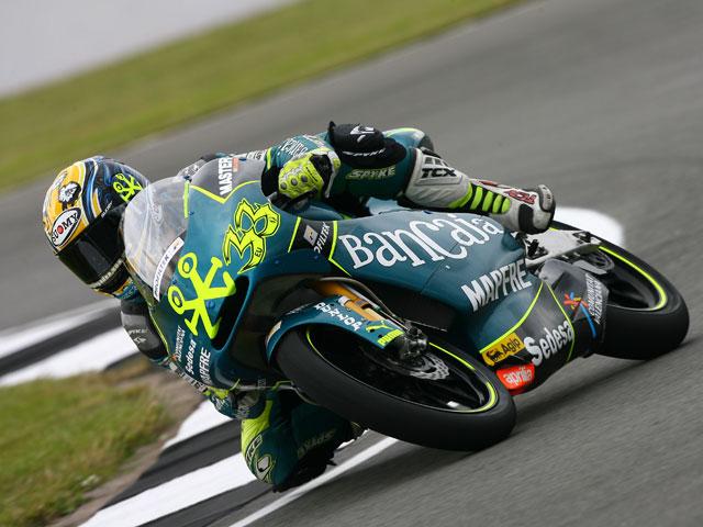 Redding (Aprilia) gana el Gran Premio de Gran Bretaña en 125. Márquez, tercero.