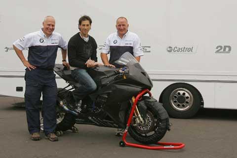 Imagen de Galeria de Ya es oficial: Rubén Xaus pilotará la BMW S 1000 RR de Superbike