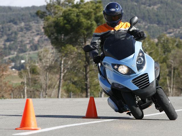 Imagen de Galeria de Exclusiva Motociclismo: Nuevo examen de moto