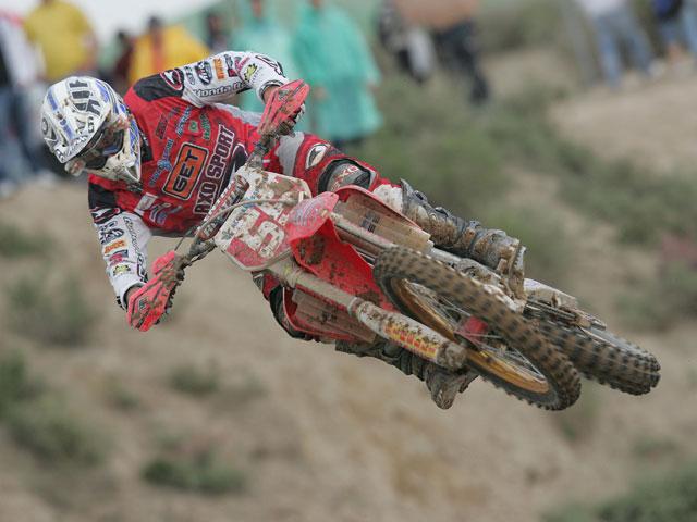 Breugelmans (KTM) gana la batalla