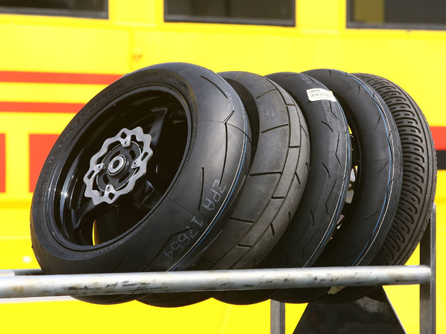 Pirelli renueva en SBK