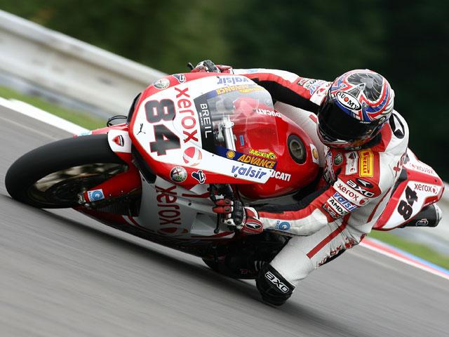 Bayliss (Ducati) impone su autoridad en Brno