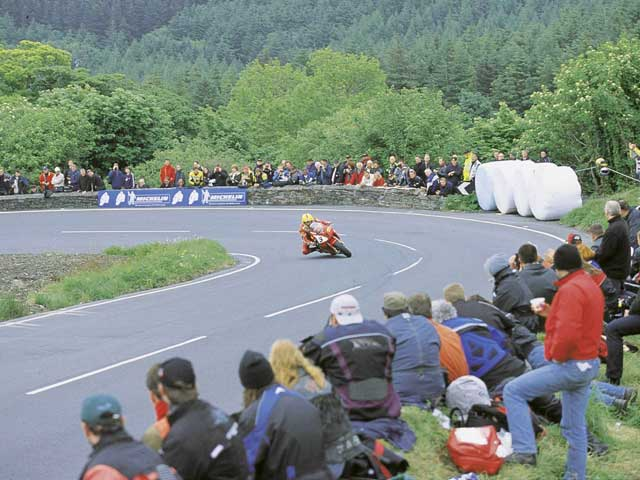 Los hermanos Joey y Robert Dunlop