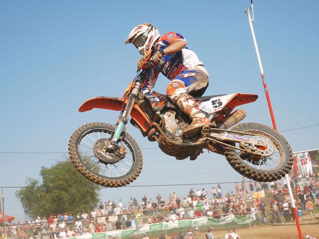 Álvaro Lozano (KTM), tercero en MX3