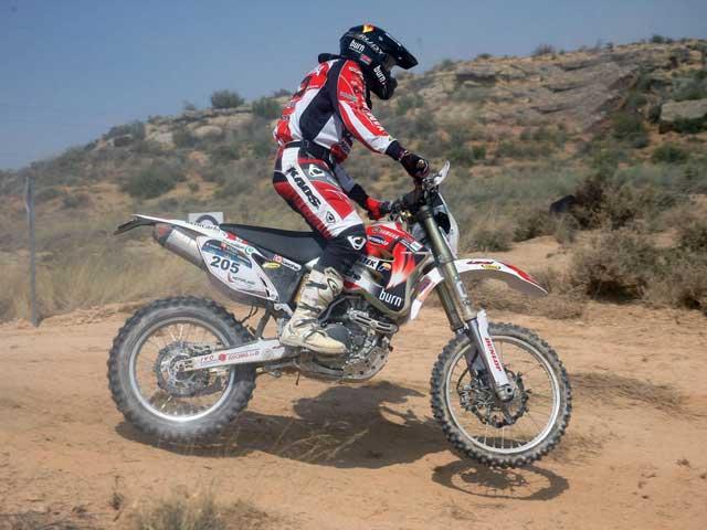 José Manuel Pellicer (Yamaha) vence en el Raid de Las Merindades