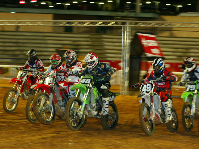 Imagen de Galeria de Manu Rivas (Kawasaki) busca el pleno en el Nacional de Supercross