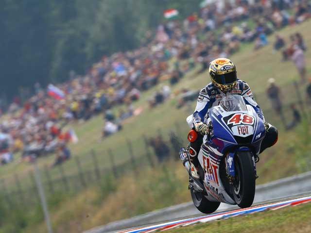Jorge Lorenzo (Yamaha) progresa con Michelin