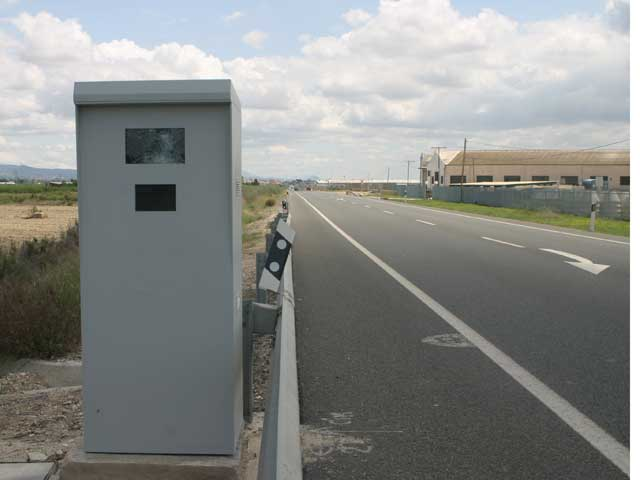 Imagen de Galeria de La DGT prueba un nuevo radar para vías secundarias