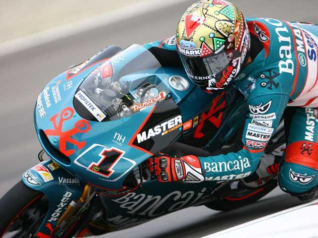 Stoner (Ducati), Barberá (Aprilia) y Talmacsi (Aprilia), repiten en San Marino