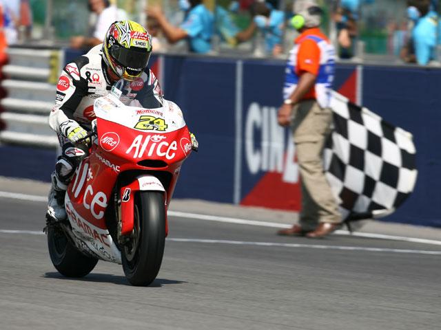 """Rossi (Yamaha) """"¡No me puedo creer que haya alcanzado el récord de Agostini!"""""""