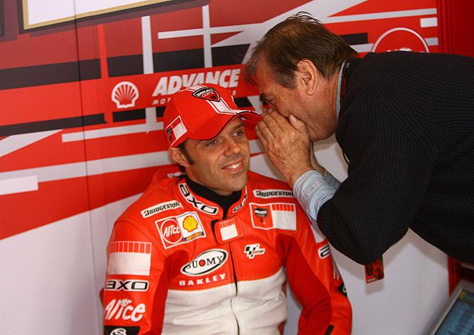 Capirossi renueva con Ducati