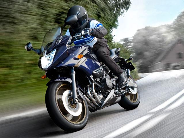 Novedades 2009: Yamaha R1, Diversion, VMAX y Midnight Star