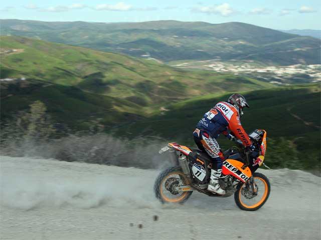 Marc Coma (KTM) tercero en la primera etapa del Pax Rally